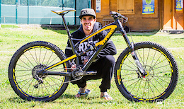 Team Chain Reaction Cycles PayPal: La Thuile Enduro World Series - Video