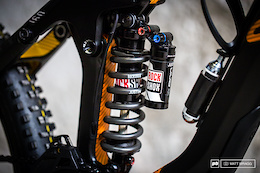 Strive vs. Strive: EWS Bike Setup With Justin Leov and Joe Barnes