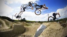 Video: Spank Ind. Dirt Wars 2013 - Round 4 - The Track