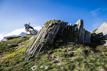 Pinkbike Poll: What's Your Dream Holiday Worth?