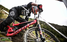 Official Video: British Downhill Series 2015 - Llangollen