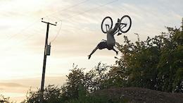 Joe Simkins Dirt Jumping in 2015 - Video