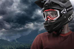 Vanderham Launches New Ryders Goggle - Video