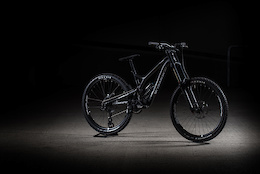 Commencal's Updated Supreme DH V4.2 - Press Release