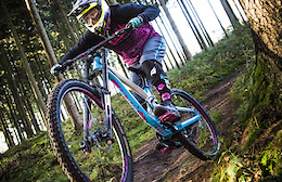 Solid Flare EVO - The Girls DH Bike From the Black Forest