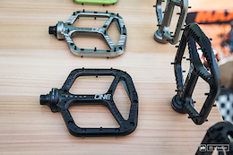 OneUp Components EDC Tool and New Pedals – First Look