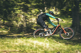 Riding the All New Genius with Andrew Neethling and Rudy Biedermann - Video