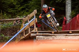 Race Day in Les Carroz - French Downhill Championships 2017