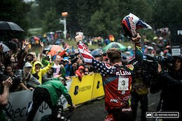 Superhuman: Finals Photo Epic - Mont-Sainte-Anne DH World Cup 2017