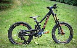 Meekboyz's Carbon Fiber Kids Bikes - Crankworx Whistler 2017