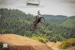 Meet France's Young Freerider, Antoine Poure - Video