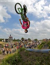 Kevin Katinas wins SDG Dirt Comp event three in Heerenveen