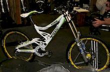 Interbike 2008 - Tomac Primer 220