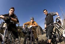 Dakine signs Gulevich, Shandro and Vanderham to bike clothing program.