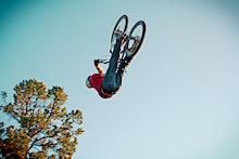 Video: Greg Watts - Jumping in Cali