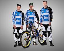 First Look: Team CRC/Nukeproof 2013 Race Kit