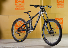 An Exclusive and In-Depth Look at Kona's 2014 Carbon Operator