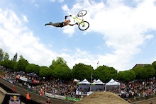 Highest Air Contest: Daryl Brown's World Record?