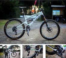 Video: Martin Maes Bike Check - EWS Round 1 Punta Ala